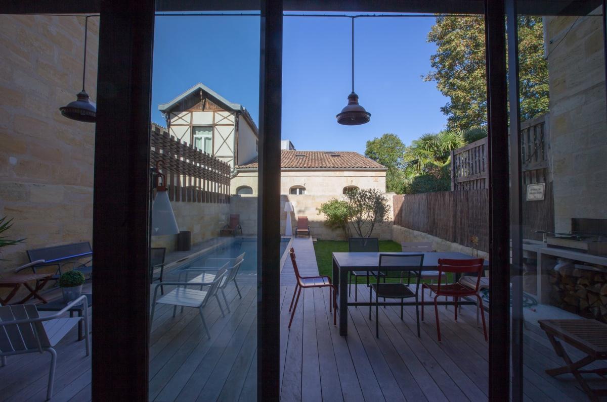 Maison C : Vue jardin depuis extension