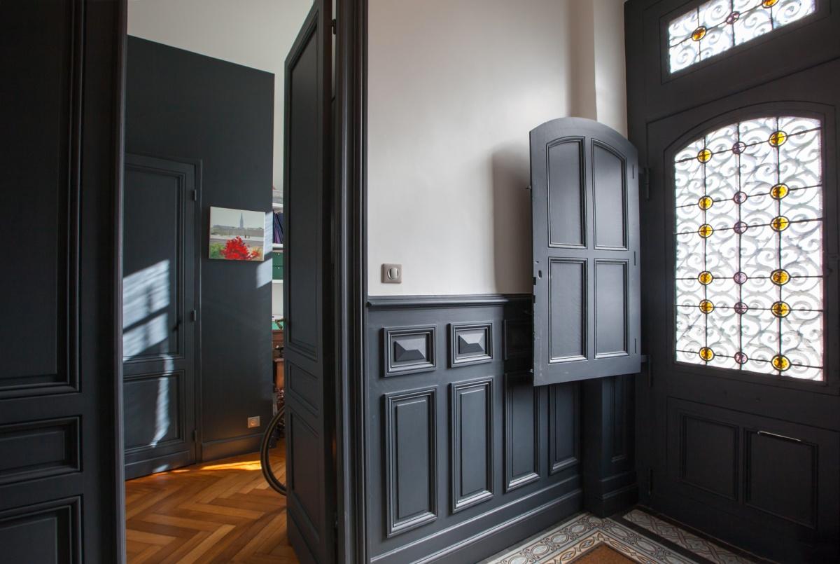 Maison C : Vue entrée-porte