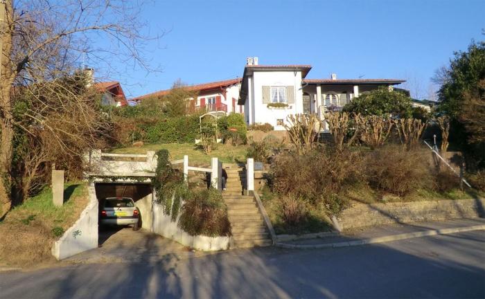 Rénovation + extension d'une villa sur la côte Basque : vue état des lieux