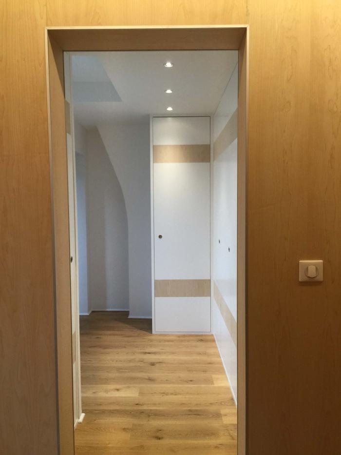 transformation Bureaux en appartement : dressing 1